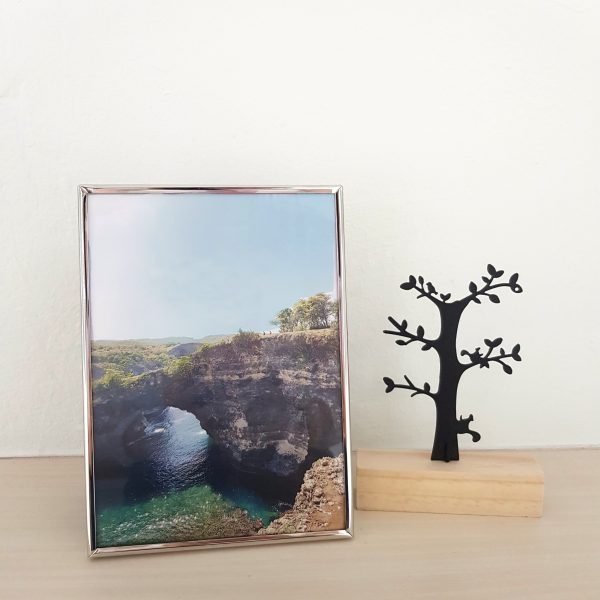 Centre Photo Frame / Picture Frame - Glossy Silver