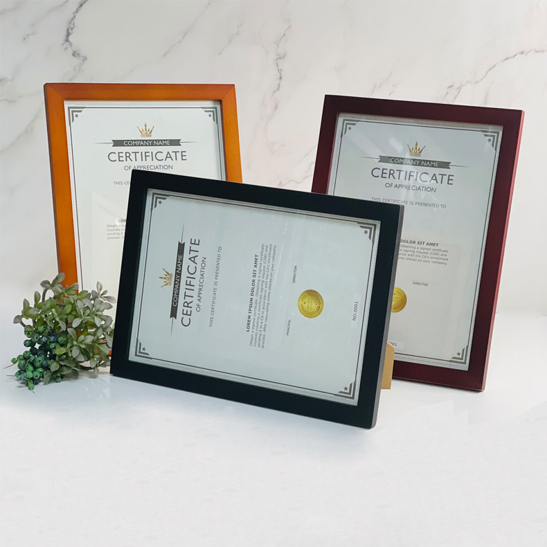 Centre Wooden Frame For A4 Certificate / Picture